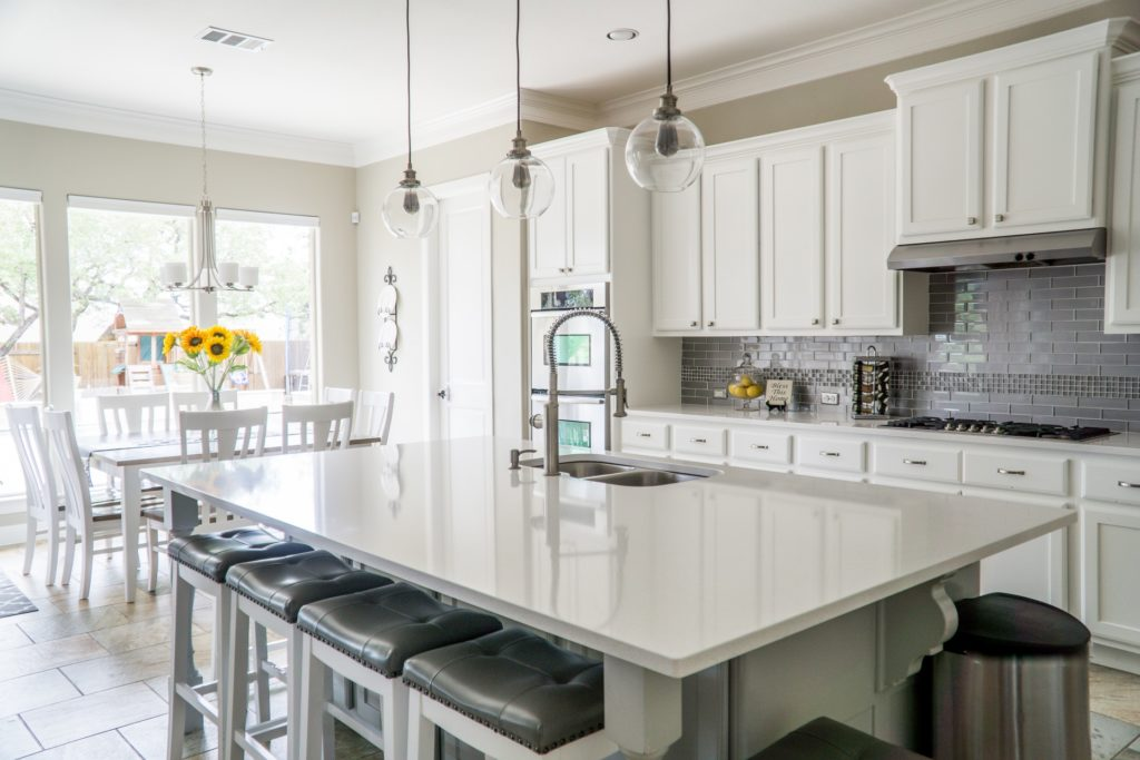 Kitchen Cabinet Painting Mississauga